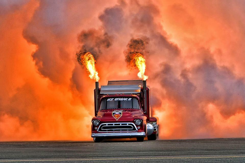 71358 Jet Truck On Fire