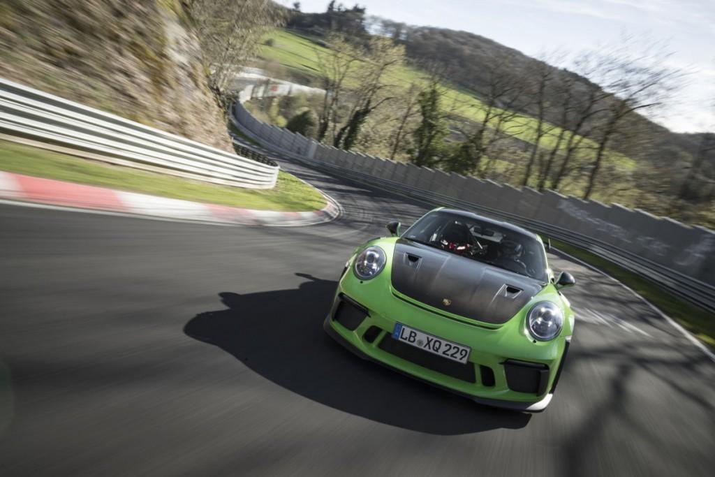 74672 Porsche 911 GT3 RS en Circuito Norte de Nürburgring