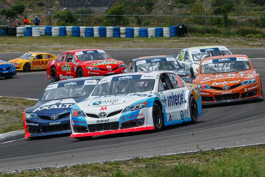 Continúa Irwin Vences en el subliderato del campeonato de NASCAR ...