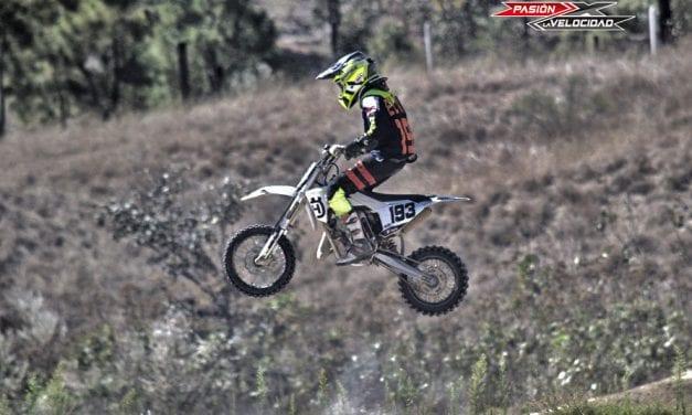 Triunfo absoluto de los hermanos Avelar Sánchez Campeonato Inter bajio de Motocross Pista EL NABO 2021