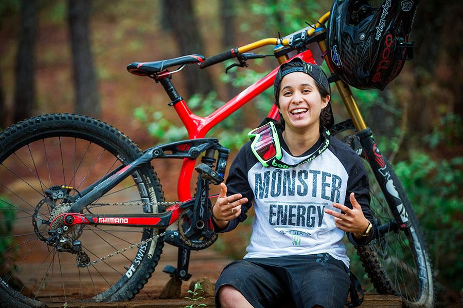 Lorena Dromundo campeona Panamericana de Mountain Bike 2017