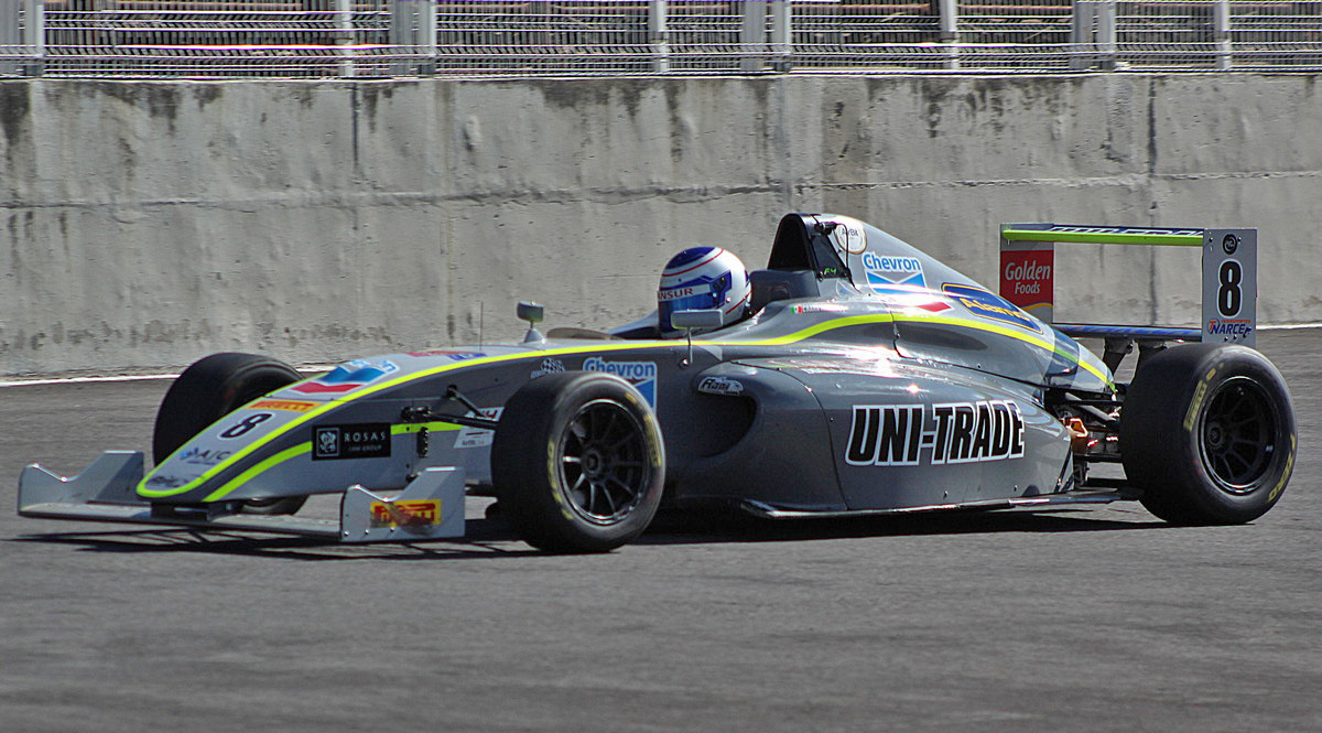 Chara Mansur Jr a seguir trabajando por el podio en F4 NACAM