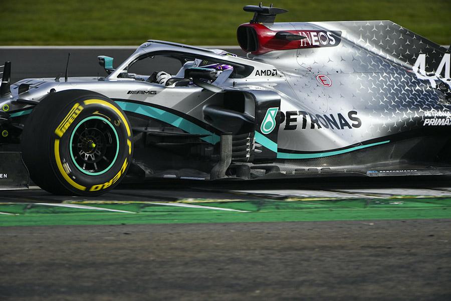 Equipo Mercedes-AMG Petronas de Fórmula Uno con nuevo diseño