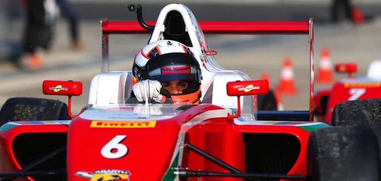 Buen debut de Sebastián Montoya en el F4 Italiano