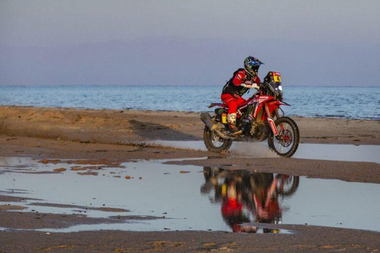 El Monster Energy Honda Team encabeza el rally Dakar en su recta final