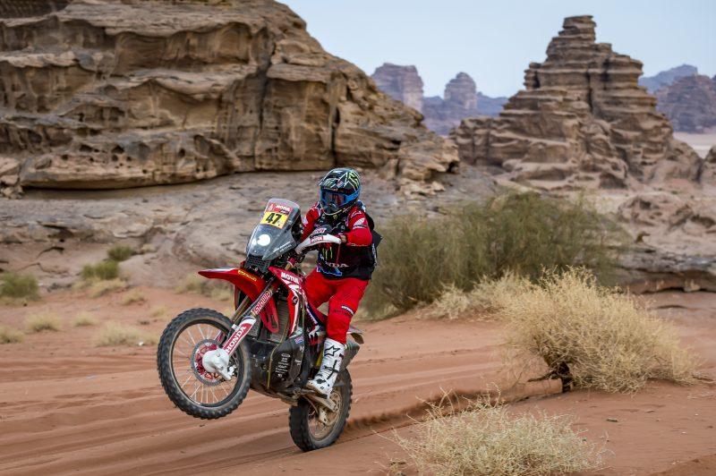 Kevin Benavides toma el mando del Dakar 2021 a dos días para el final