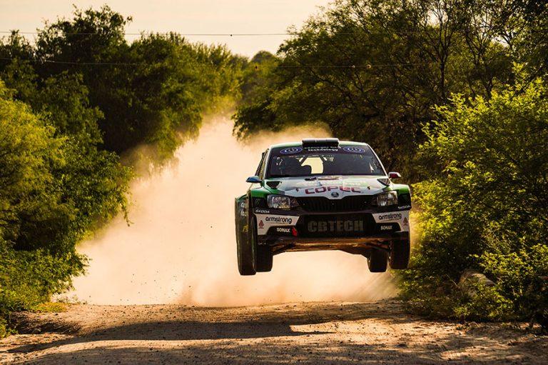 Jorge Martínez triunfa y es el primer chileno en ganar una fecha del Rally Argentino