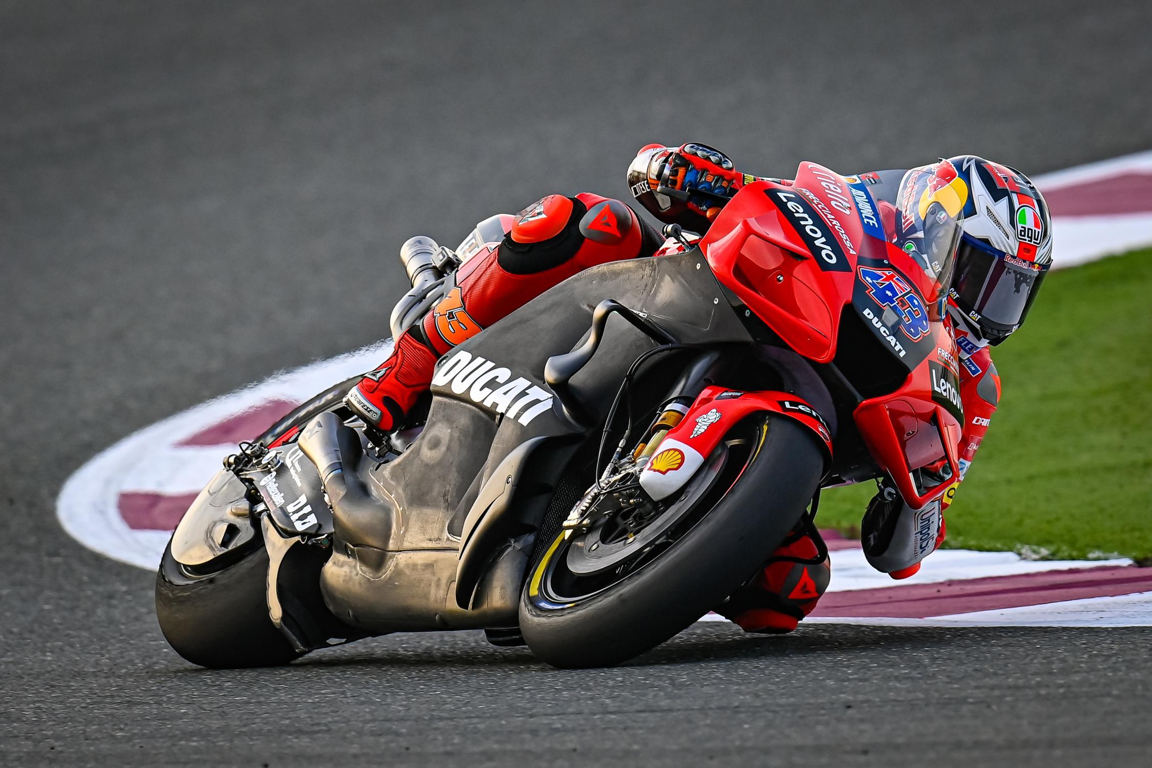 Jack Miller con su Ducati los más veloces en el Test de MotoGP 2021 en Qatar