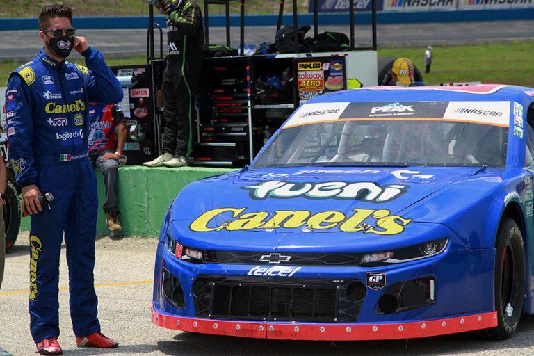 Rubén García Jr empatado en 2° de la general NASCAR México